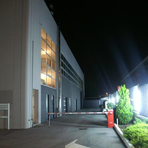 autosalone e magazzino Concessionaria Porsche Cuneo - Ingar Progetti - Insediamento attività polifunzionali